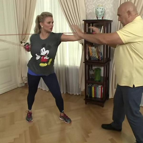 Лечебное упражнение Бокс для плечевых суставов рук | Плечевой сустав, лечение заболеваний упражнениями
